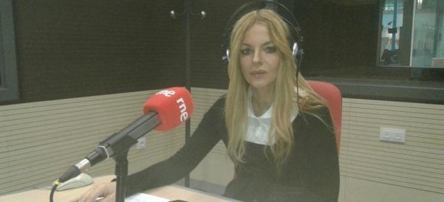 """Ángeles Carmona, la """"exagerada y loca"""" en cuestión (Fuente: RNE / Twitter)"""